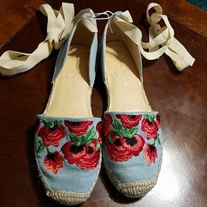 Jessica simpson embroidered shoes